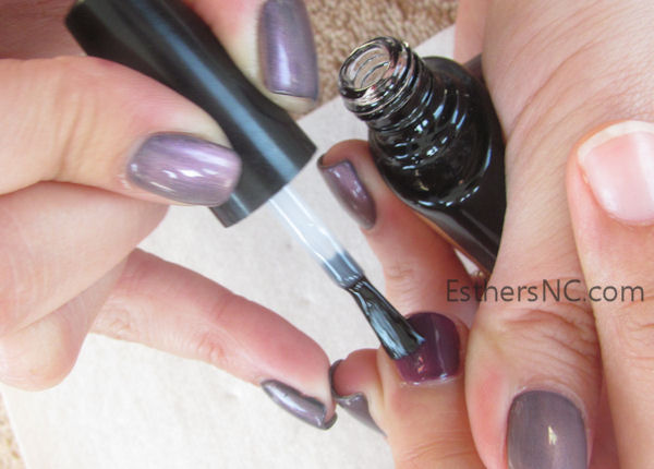 how to apply shellac nail polish - apply thin top coat