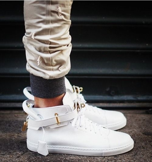 white-sneakers-trend-vogue-pills-fashion-by-Nayla-C-3