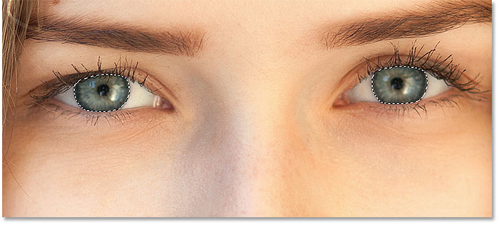 Both eyes have been selected with the Lasso Tool in Photoshop.