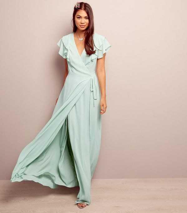 9b323a3f2b11b44 Предлагаем вам самые модные летние платья, представленные оригинальными  фасонами и моделями летних платьев сезона 2019-2020 года, фото которых  представлены ...